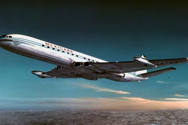 https://herkesicinhavacilik.com/wp-content/uploads/2021/01/De-Havilland-Comet-600x400.jpg